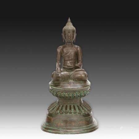 GRANDE STATUETTE DE BHAISAJYAGURU DE STYLE SHAN  en bronze de patine s