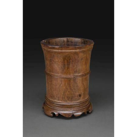 PORTE-PINCEAUX BITONG  en bois naturel, possiblement de huanghuali, mo