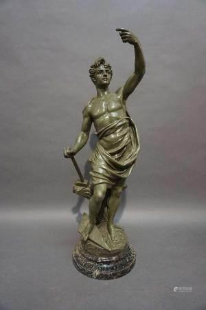 """Sculpture en régule """"Gloire au travail"""". H : 62 cm"""
