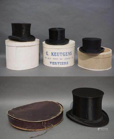 3 chapeaux haut de forme et 1 chapeau claque. Dans l boite d'origine. Christy's London, W.J.