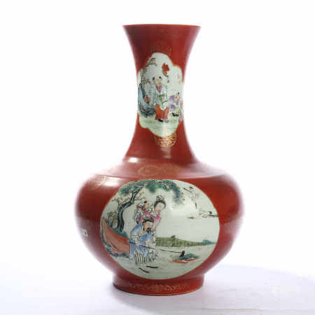 Appreciation bottle with chicken blood red glaze, famille rose and figure decoration in the middle of Qing Dynasty