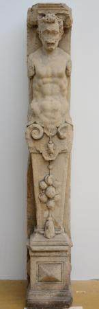 Column in stone 'character' (153cm)