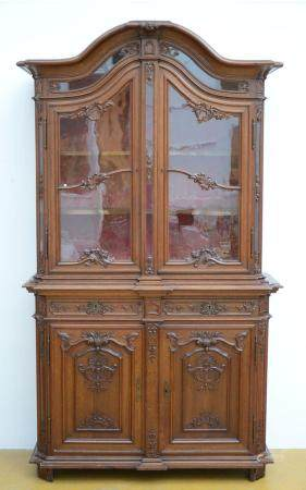 A LiËge display cabinet in oak, 19th - 20th century (98x127x