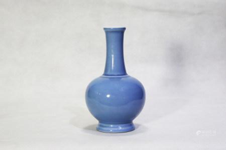 Chinese Qing Dynasty Qianlong Period Blue Glazed Porcelain Bottle