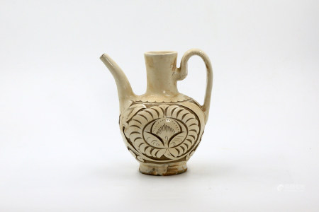 Chinese White Glazed Engraved Water Vessel