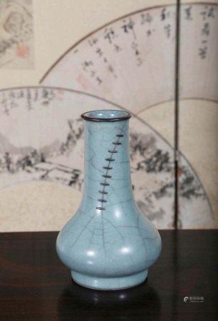 宋  官窑小瓶