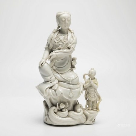 明晚期德华窑童子观音 A rare Dehua Kiln Boy Guanyin, Late Qing Dynasty