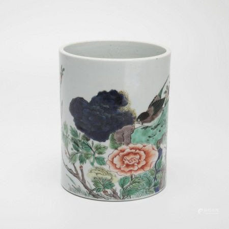 清康熙五彩花鸟纹笔筒 A rare colorful flower and bird pen holder, Kangxi period, Qing Dynasty