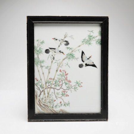 民国粉彩花鸟纹瓷板 A rare famille rose flower and bird pattern porcelain plate, Republic of China