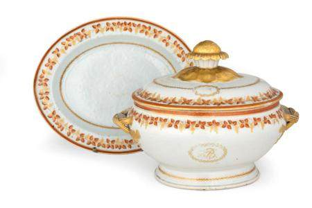 A LARGE CHINESE EXPORT TWO-HANDLED TUREEN, COVER AND STAND L