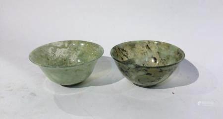 Deux coupes en jade marbré