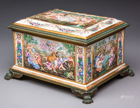 A LARGE NAPLES CAPODIMONTE PORCELAIN AND METAL-MOUNTED CASKET, LATE 19TH CENTURY