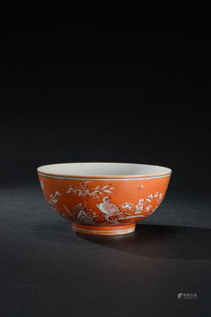 清代 珊瑚紅釉留白喜上眉梢紋碗