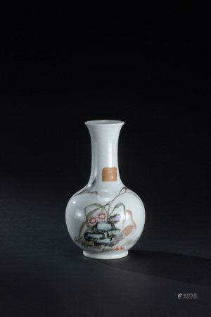 清代 粉彩蘆雁圖紋長頸瓶