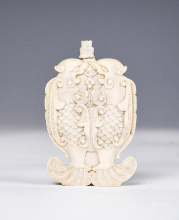 A Chinese Bone Carved Snuff Bottle, 19thC