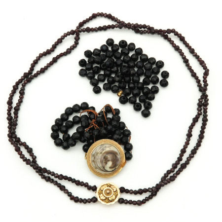 A Garnet Necklace and Mourning Necklace