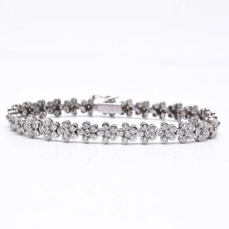 An 18KG Diamond Bracelet
