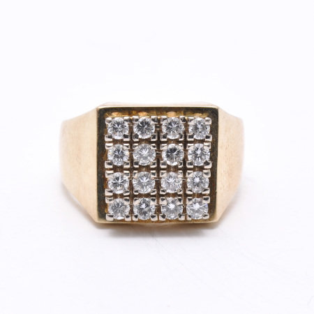 A Mens 14KG Diamond Ring