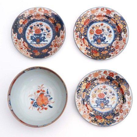 An Imari Serving Bowl and 3 Plates