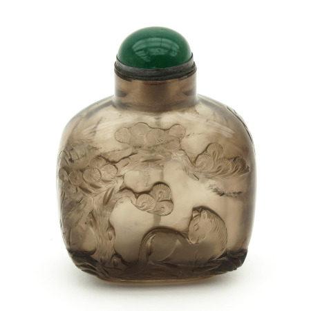 A Smoky Quartz Snuff Bottle