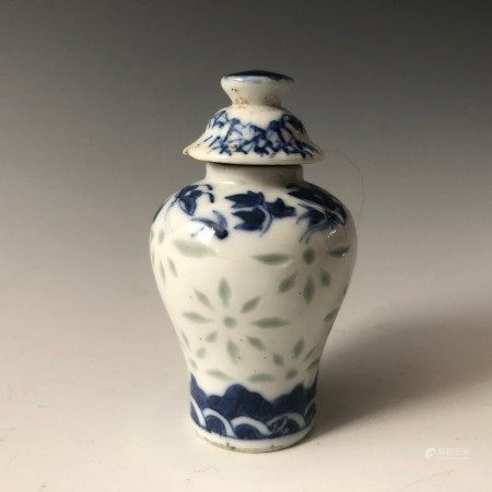 A Blue and White Porcelain Carved Snuff Bottle