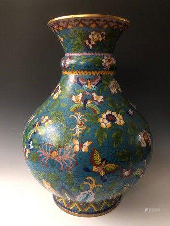 A Large Teal Color Cloisonne Vase with Floral Patterns