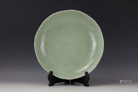 A Chinese Celadon Glazed Lobed Charger