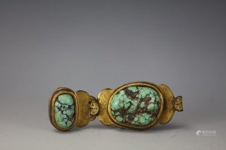 A Chinese Turquoise-Inlaid Gilt Bronze Buckle