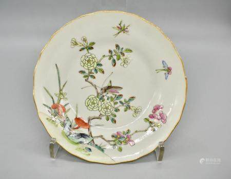 famille rose insect among flowers dish