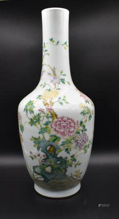 Large Imperial Qianlong mark and period large vase