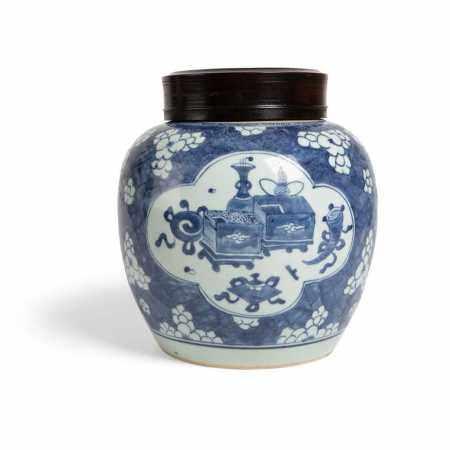 BLUE AND WHITE ''BUOGUTU' GINGER JAR KANGXI PERIOD