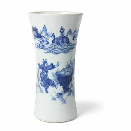 BLUE AND WHITE SLEEVE VASE QING DYNASTY, 19TH CENTURY