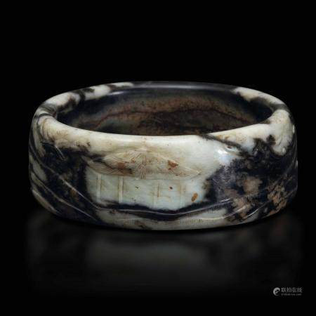 A jade and russet bracelet, China, Qing Dynasty