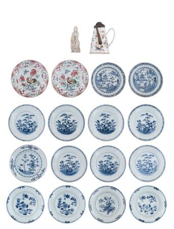 Two Chinese famille rose export porcelain dishes, decorated with a cockerel perc