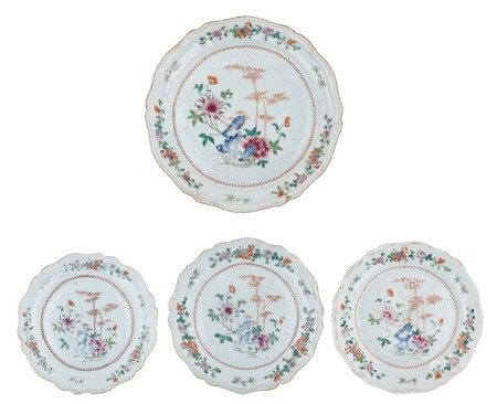 Three Chinees famille rose flower-shaped export porcelain plates, decorated with