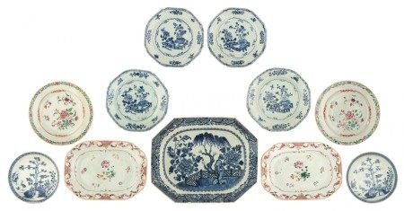 Six Chinese blue and white export porcelain dishes and a ditto octagonal Nanking