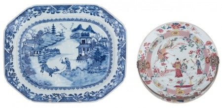 A Chinese famille rose export porcelain dish, decorated with Immortals in a gard