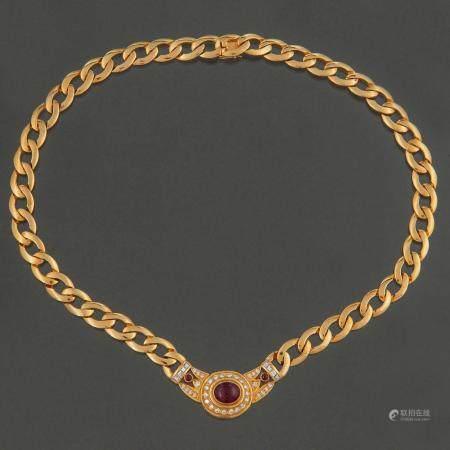 Magnifique collier à maillons en or jaune 18 Kt avec des diamants taille brillant et taille Car