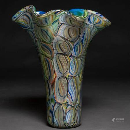 Magnifique vase en verre de Murano vert et bleu en forme d'agate. Italie des années 80.43 x 35