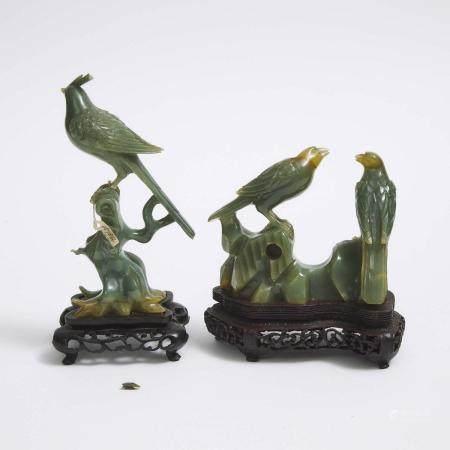 Two Green Jadeite Carvings of Birds, 翡翠雕枝头小鸟摆件两件, tallest height 6.7 in — 17 cm (2 Pieces)