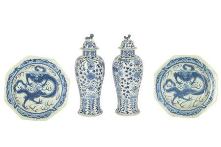 A pair of 19th century Chinese blue and white octagonal porcelain plates,