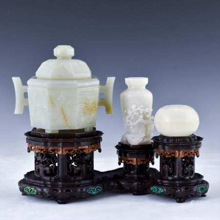 Qing Dynasty SET OF 3 PCS JADE ATTRIBUTES ON STAND
