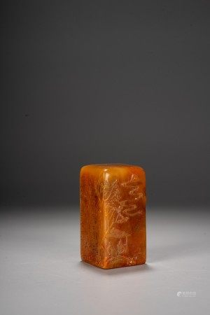 A TIANHUANG CARVED SEAL