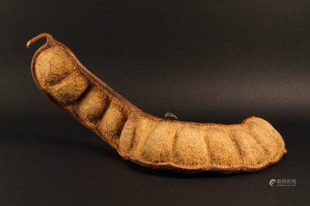 清代 大碗豆嵌蟲藝術擺件