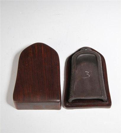 清代 端溪鈡形硯