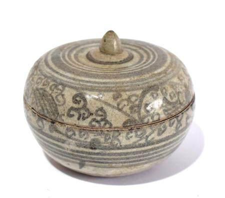 A Thai Sawankhalok Lidded Bowl, 15th/16th Century,