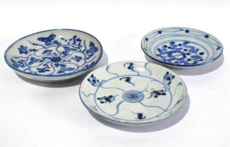 Three Chinese Saucer Dishes Freely Painted in Underglaze Blue 19th C.,