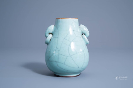A Chinese crackle glazed celadon hu vase, 19th/20th C.