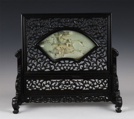 CHINESE RED SANDALWOOD INLAID JADE TABLE SCREEN