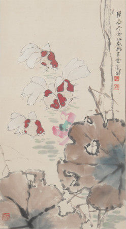 CHINESE LIGHT COLOR PAINTING OF LOTUS AND FISH